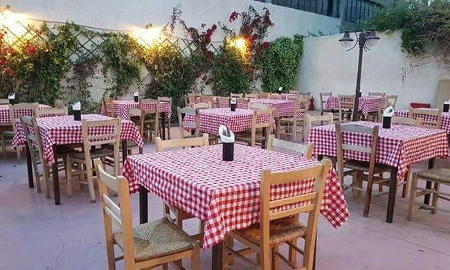 12€ για ένα γεύμα 2 ατόμων με ελεύθερη επιλογή από τον κατάλογο φαγητού και ποτού, στο μεζεδοπωλείο