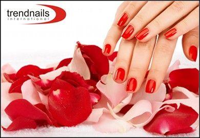 7€ για μόνιμη βαφή με βιολογικό μανό, διάρκειας 3 εβδομάδων, σε όποιο χρώμα σας αρέσει, αλλά και περιποίηση, λιμάρισμα, σχηματισμό και ενυδάτωση με αιθέρια έλαια και nail art εάν το επιθυμείτε, από το εξειδικευμένο Trend Nails στο Σύνταγμα, αξίας 18€ - έκπτωση 72%