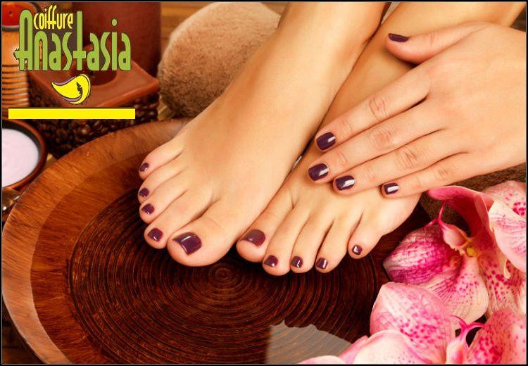 15€ για (1) ημιμόνιμο manicure και (1) ημιμόνιμο pedicure (απλά ή γαλλικά) και δώρο 1 nail art, από το