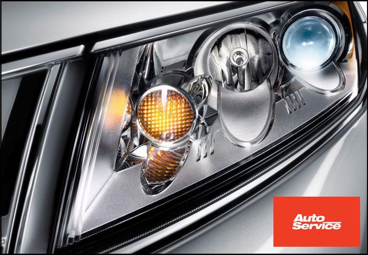15€για (1) επαγγελματικό ξεθάμπωμα φαναριών αυτοκινήτου και (1) τεχνικό έλεγχο 21 σημείων, από το Auto Service