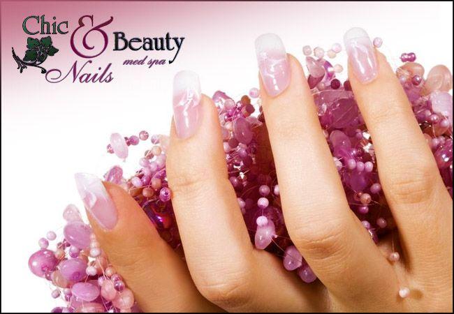 """23€ για τοποθέτηση τεχνητών νυχιών με gel ή ακρυλικό (απλό ή γαλλικό), από το """"Chic and Beauty Nails"""" στο Περιστέρι"""