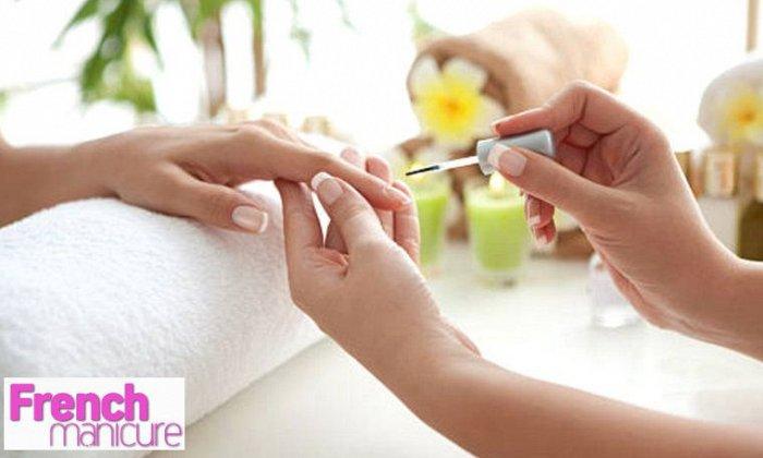 8€ για (1) express ημιμόνιμο ή 10€ για (1) ολοκληρωμένο ημιμόνιμο manicure απλό ή γαλλικό, από το French Manicure στη Νέα Σμύρνη εικόνα