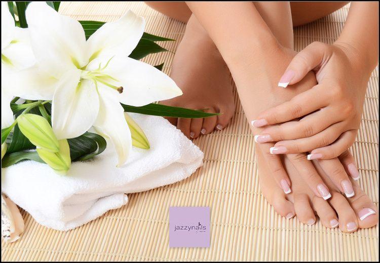 9€ για (1) ημιμόνιμο manicure ή pedicure (απλό ή γαλλικό) με βαφή O.P.I. gel color διάρκειας 3 εβδομάδων, από το