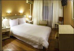 John's Hotel, Χαλκίδα
