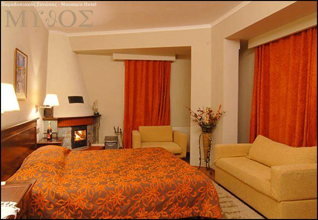Διαμονή στο Ελατοχώρι Πιερίας στο Mythos Mountain Hotel με 59€ ανά διανυκτέρευση με πρωινό ή με 89€ με Ημιδιατροφή (πρωινό και γεύμα ή δείπνο σερβιριστό) σε δίκλινο δωμάτιο με Τζάκι-ξύλα για 2 ενήλικες και 1 παιδί έως 5 ετών! Παρέχεται late check-out κατόπιν διαθεσιμότητας! Προσφέρεται welcome drink! Δωρεάν χρήση του Spa (Σάουνα, Υδρομασάζ) για 1 ώρα! Η προσφορά ισχύει για διαμονή έως 26 Απριλίου εικόνα