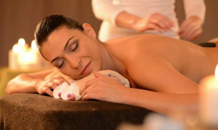 6€ για 30' back massage σε αυχένα, πλάτη, μέση, χέρια ή 8€ για 45' full body massage, από το Massage House στην Ερμού εικόνα