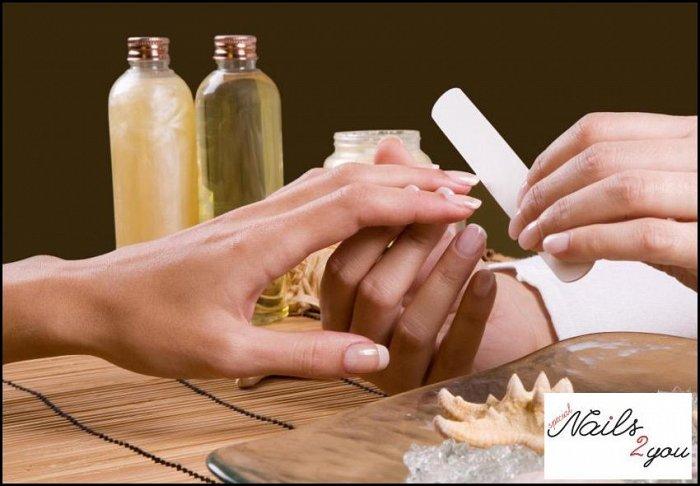 """25€ για 1 ημιμόνιμο manicure, 1 χαλαρωτικό μασάζ διάρκειας 30' και 1 ενυδάτωση προσώπου με διαμάντι, από το """"Nails 2 You"""" στο Περιστέρι"""