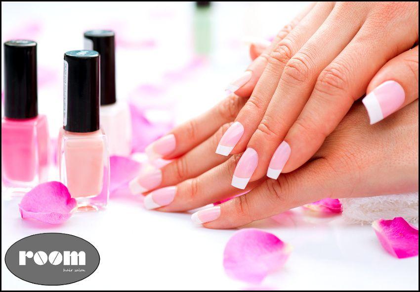 7€ για (1) ολοκληρωμένο ημιμόνιμο manicure (απλό ή γαλλικό) ή 9€ για (1) ολοκληρωμένο pedicure (απλό ή γαλλικό) ή 16€ και για τα (2) μαζί και Δώρο (1) σχηματισμό φρυδιών, από το ολοκαίνουριο