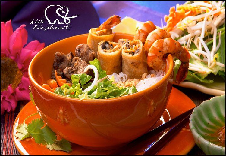 Ελεύθερη επιλογή στο White Elephant!!! 25€ για γεύμα ή δείπνο για 2 άτομα με ελεύθερη επιλογή από τον κατάλογο, για να απολαύσετε κορυφαία Ασιατική, Ιαπωνική και Sushi κουζίνα στο πολυασιατικό εστιατόριο